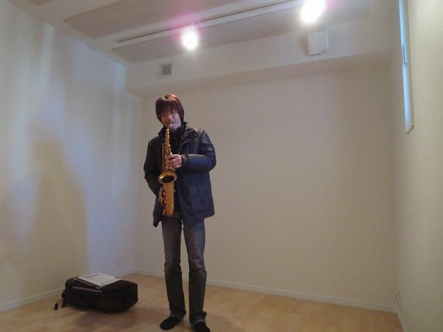 新築戸建住宅に約7畳の管楽器用防音室をつくりました。 ハウスメーカーさんとジョイント工事です。