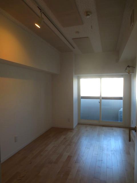 完成しました!!天井も高くなり、とても広く感じます。