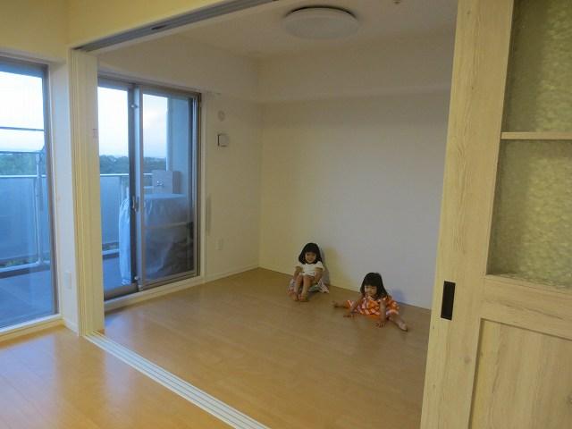完成しました!!娘さんの走り回れる開放的な空間に仕上がりました。