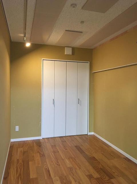 マンションにアップライトピアノ室を改修工事