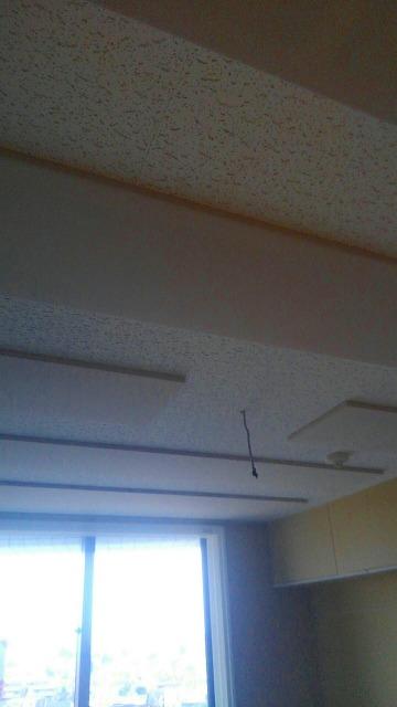 ピアノ室は天井を吸音天井に仕上げ音の響きを調節しています。