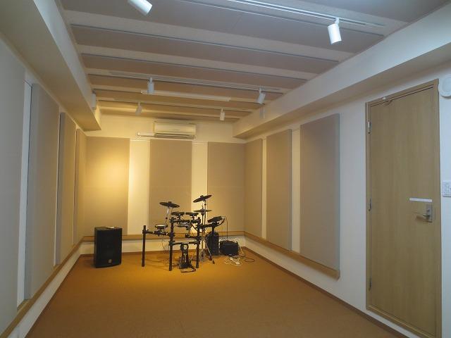 大学内バンド練習室改修工事