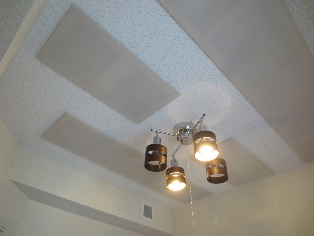 無事に引渡しとなりました。 天井は吸音天井に仕上げています。