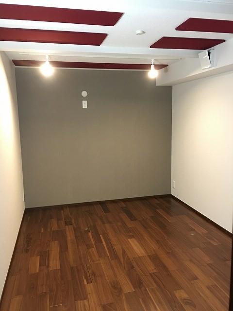 戸建住宅にエレキギター・ピアノ・オーディオ室を改修防音工事