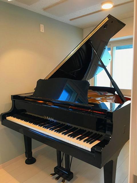 ピアノ搬入後にお写真を頂きました。 ありがとうございました。