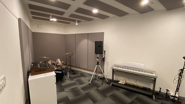 多目的ホールを防音改修工事