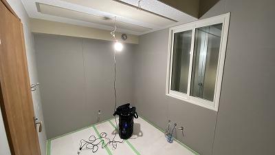 ビル内に音響試験室を改修工事