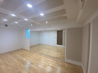 戸建住宅にドラム・ピアノ室を改修工事