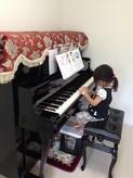 娘さんのアップライトピアノがはいりました。