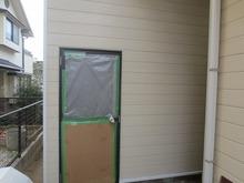 もとはトタン板だった外壁を サイディング材で作り直しました。 これにより遮音性能が格段に上がりました。