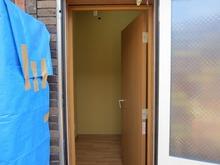 外から見た防音室入口です。 完成間近です。