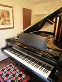 とても素敵なピアノ室です。