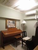 クロス施工後、ピアノがはいりました。