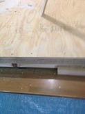 既存の床に浮き床をつくって遮音補強です。
