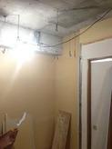 床の補強後、躯体壁と天井の遮音補強です。