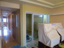 お部屋ができあがってきました。 掃出し窓と通路側には小窓を設け開放的な空間に計画しました。