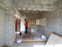 解体後のお部屋です。 工務店による解体作業後、当社の施工開始となります。