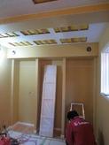 天井は遮音補強をし、吸音天井に仕上げていきます。