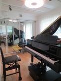 ピアノがはいりました。