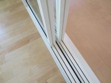 二重サッシの窓も入り遮音測定を行いました。