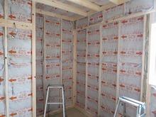 防音室の壁と天井の遮音補強です。