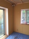遮音壁・天井ができあがりました。天井を吸音天井に仕上げていきます。