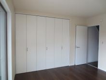 改修前のお部屋です。 クローゼットは取り壊し、お部屋を広く使います。