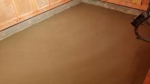床コンクリートが入りました。