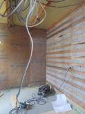 天井も石膏ボードで隙間を埋めて遮音補強を行います。