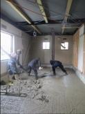 床基礎工事です。 床コンクリートを打っています。