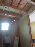 建築中に現地調査に伺いました。 開口部にはFIX窓を入れて陽の光入るお部屋に仕上げます。