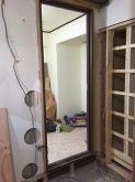 出入り口には木製防音ドアを2重で設置します。