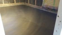 浮き床コンクリートも入りました。 ドラム室の場合床は浮き床コンクリート仕様で計画します。
