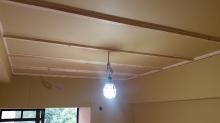 遮音補強が完了しました。 天井を吸音天井に仕上げていきます。