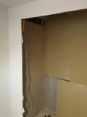 防音室の隣部屋に収納を反転させました。