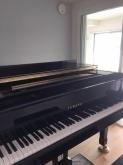 お客様からピアノ搬入後のお写真をいただきました。 お好きな時間に好きなだけ音楽を楽しんでいただければと思います。