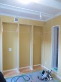 木工事の完了です。 可動式の楽譜棚を設けます。 天井は吸音天井に仕上げています。