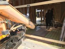 浮き床コンクリート打ちです。 コンクリート仕様は響きがよく遮音性能も高いです。
