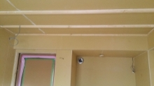 遮音壁と天井ができあがりました。