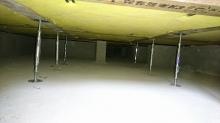床下に束補強を行いました。 防音室はかなりの重量にしあがるので床下の補強はしっかり行います。