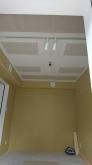 天井は遮音補強の後に吸音天井に仕上げています。 音の響きを調節してお好みの音響空間をつくっていきます。