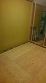 解体後に躯体の遮音補強をしていきます。 浮き床を施工しました。