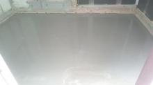 浮き床コンクリート打ちです。 バンド室の場合、コンクリート仕様で計画をします。遮音性能・音響共に1番ベストです!