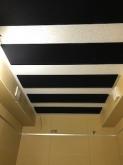 天井を吸音天井に仕上げました。