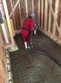 浮き床コンクリート打ちです。 ドラム室の場合、1階のお部屋でコンクリート仕様をお勧めします。