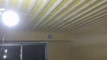 遮音補強後、天井を吸音天井に仕上げていきます。