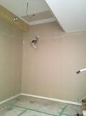 木工事が完了です。 天井を吸音天井に仕上げています。 音テストを行いました。