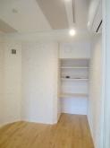 クロス施工完了です。 とても明るい印象のお部屋です。