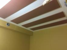 弊社の木工事完了です。 天井は吸音天井に仕上げています。 本体工事と一緒に仕上げをしてもらいます。