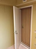 木工事が完了しました。 入り口には木製の防音ドアを2重で設置しています。
